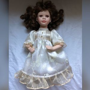 Super Cute Baby Girls Dolls EUC